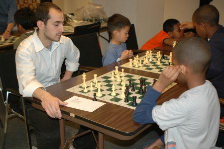 Alex Eltobgi teaching chess